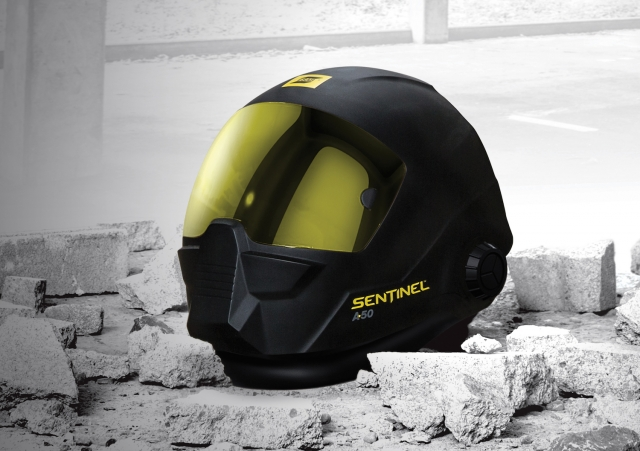 ESAB's new automatic helmet, the Sentinel A50