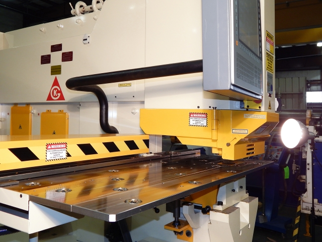 GEKA ironworker ball transfers on the punch table