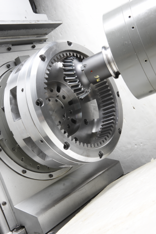 Toyoda wins automotive Pace award for gear skiving machining technology