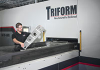 Triform tray-style fluid cell presses can form parts up to 3,048 mm  (120 in.) long.