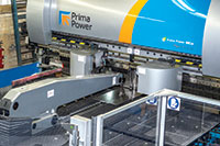 The Prima Power bending centre is a semi-automatic solution for small batches as well as for serial manufacturing. It shortens total manufacturing time as the loading operation is simultaneous with the unloading of the ready-bent component.