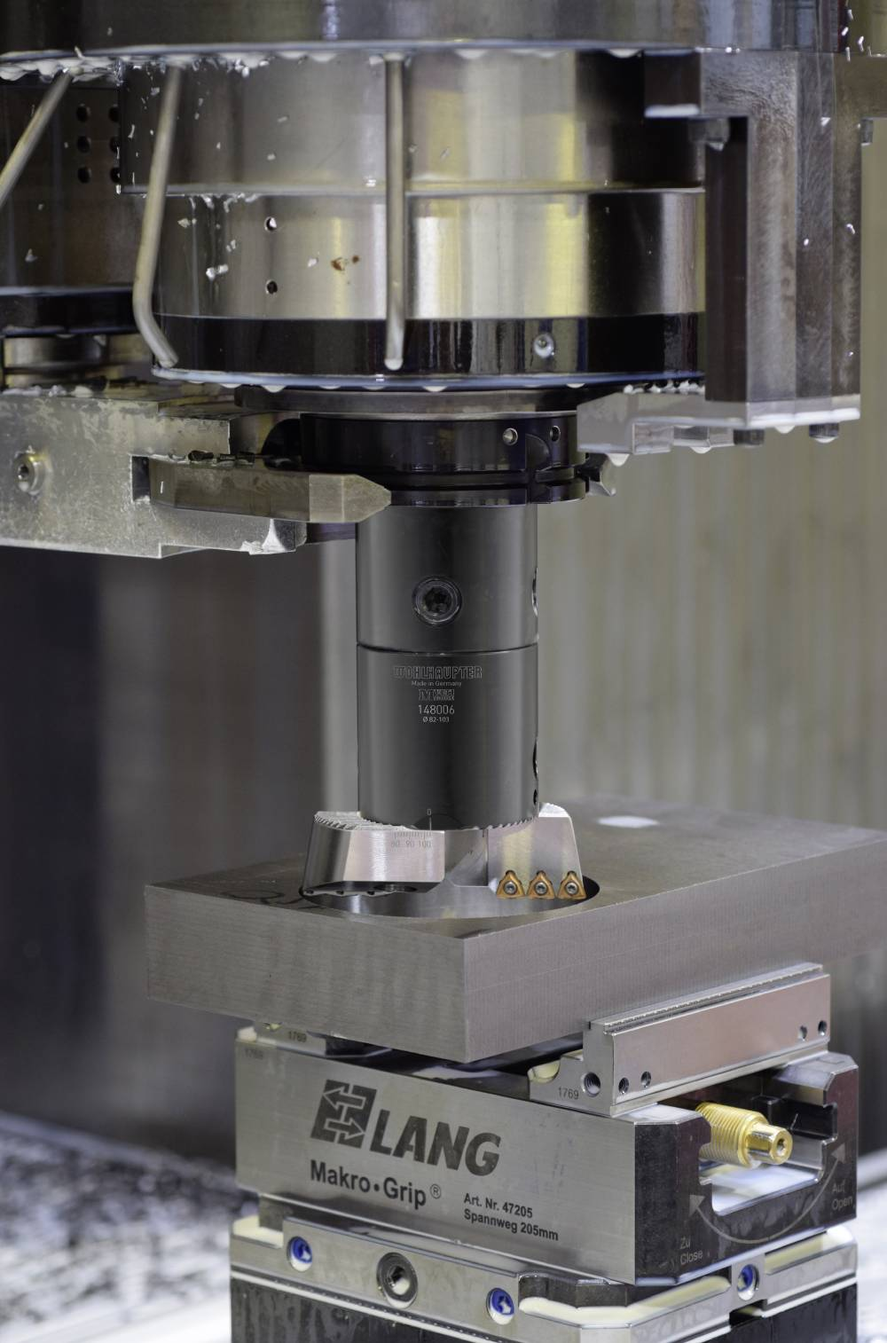 AMEC's VolCut has a unique design incorporates serrations designated to connect seamlessly with Wohlhaupter's Twin Cutter and AluLine boring systems.