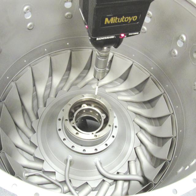 The Renishaw probe measures the interior of a gas generator case.