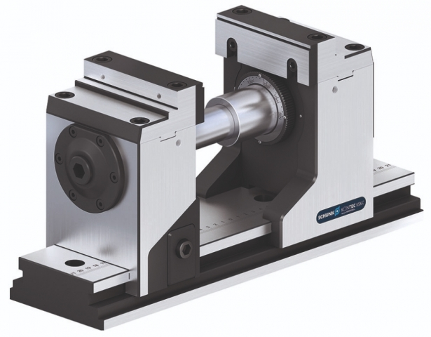 Both jaws of the fully encapsulated Kontec-KSX-C 5-axis vise can be moved, which means the centre can be individually adjusted.