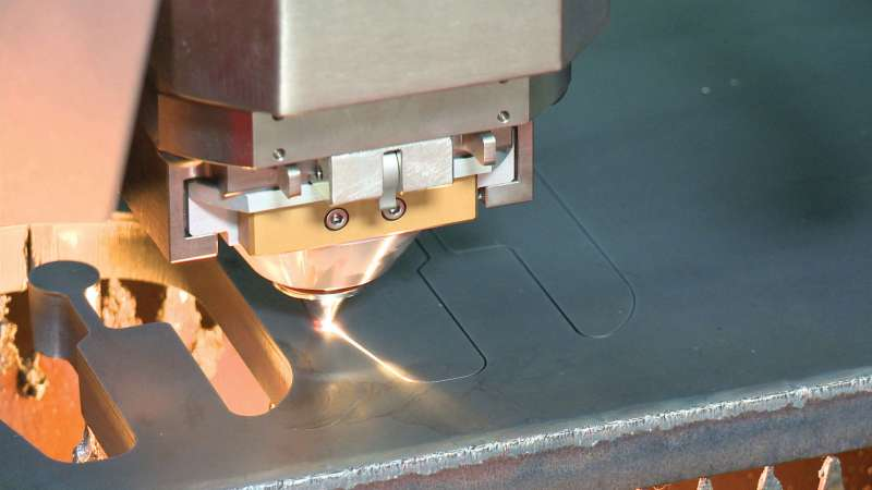 Amada ENSIS AJ laser cutting thick material processing
