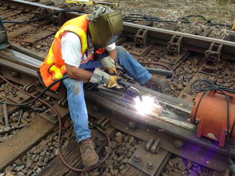 Hardface Technologies' Postalloy FrogTuff: flux cored and flux coated electrodes for welding on railroad frogs and crossings