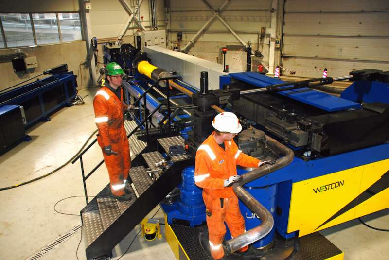 This 273 mm Unison all-electric bending machine – the world's most powerful – was installed at Westcon Yard's Ølensvåg facility in November 2015.